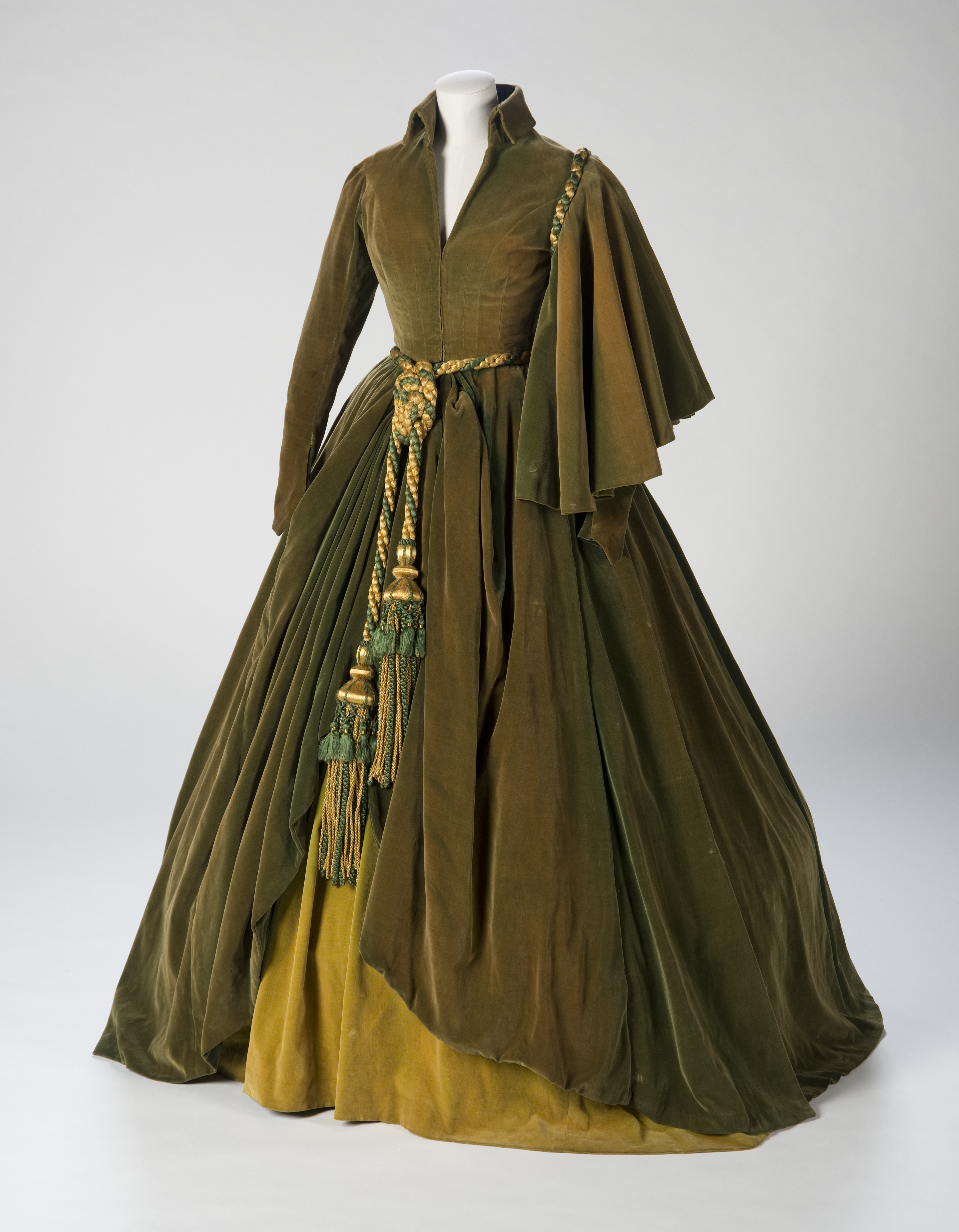 Gone With The Wind Gowns Showing In Austin Tx